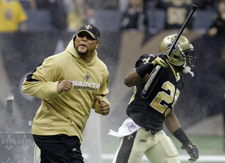 """Reggie Bush """"Brings the Wood"""" against AZ Cardinals in the Superdome for the Divisional Playoff. 1/16/10. Saints won 45-14 WhoDat!      [The bat] was a present from head coach Sean Payton. Every player got one during a team meeting on Friday. Payton had these words emblazoned on the barrel of each bat:  """"Saints vs. Cardinals. Jan. 16,                                                                                                                                         2009.""""     """"Bring The…"""