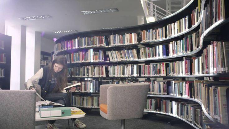 Tomar 2 tópicos en Cambridge University en Human, Social and Political Sciences. Idealmente a través del PIE (Programa Internacional de Excelencia). Por hacer