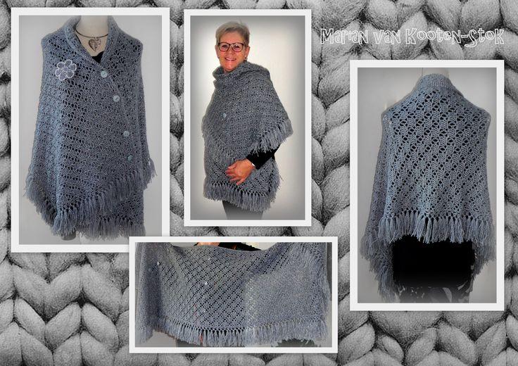 Een sjaal van ca. 1.50 x 0.50 m. Gehaakt met naald 5,5 en met ca.450 gram Sparkle van de Zeeman. Hier kan je het patroon vinden van de sjaal https://www.facebook.com/handmadebymarian