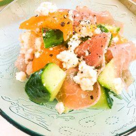 旬の柿、柔らかくなり始めたらサラダで!〜桃モッツァレラの季節が終わったら柿カッテージチーズでしょ!