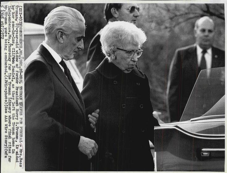 194 best Harry & Bess Truman images on Pinterest ... Harry Truman Funeral 1972