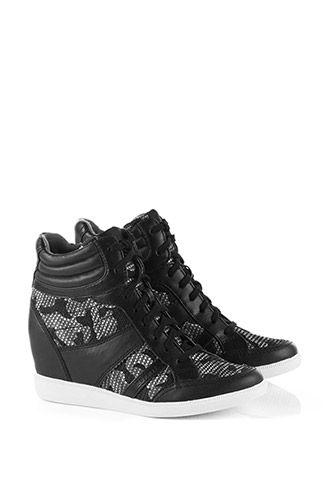 Esprit / Kamouflage-sneakers med kilklack