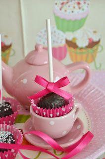 ...Romantiske Stinemor...: Oreo Cakepops...