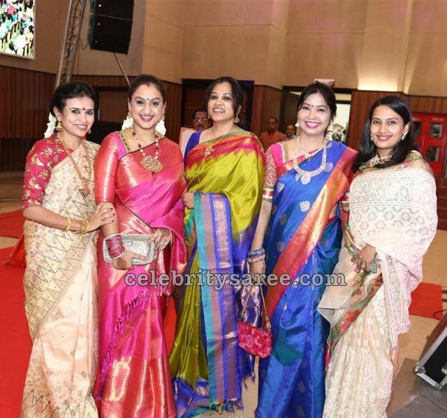 Top 25 Bollywood Actress Rekha Kanjeevaram Saree Designs ...