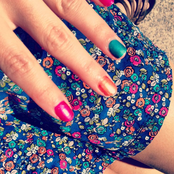 this match ! #nail #dress #pink #rose #orange #green #vert #flowers #color