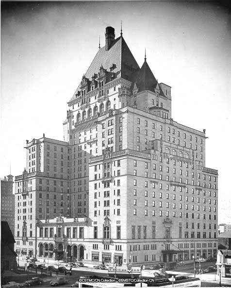 The Fairmont Hotel Vancouver - A first kiss with a very dear love on the 6th floor, memories don't get much better...
