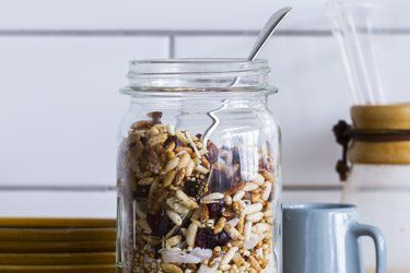 Gluten-free muesli recipe, Bite – This light and nutty gluten-free muesli takes all of about 15 minutes to make and is much, much cheaper than buying gluten-free muesli from the shelves — and (I think) much yummier too! – foodhub.co.nz