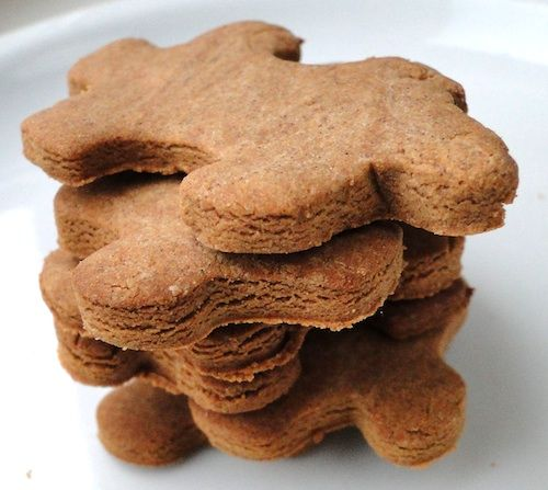 A pile of chestnut cookies
