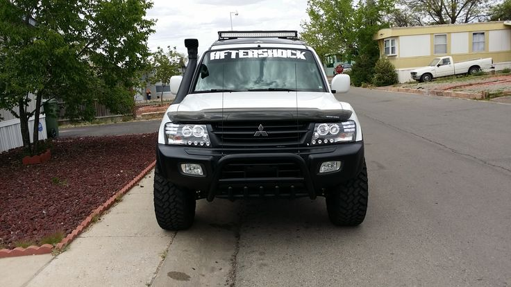 My lifted 2002 pajero / montero limited 4x448841 by