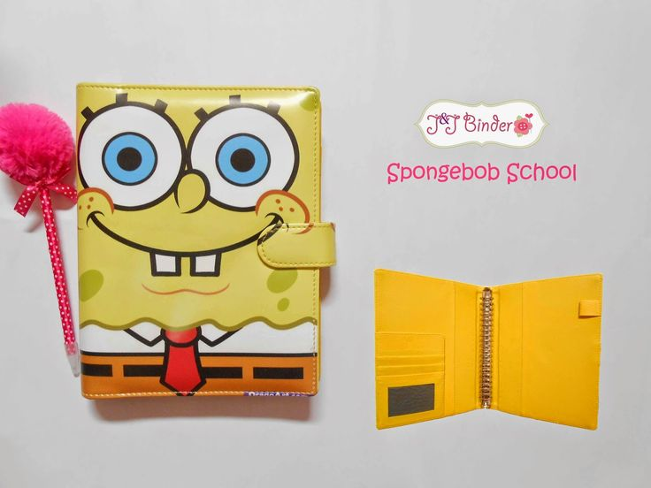 Nama  Produk : Binder Spongebob School Ukuran   :A5 20ring : 55, B5 26 ring : 65rb Bahan  :Kain satin Deskripsi : 3 slot kartu, 1 slot foto 1 Slot pulpen