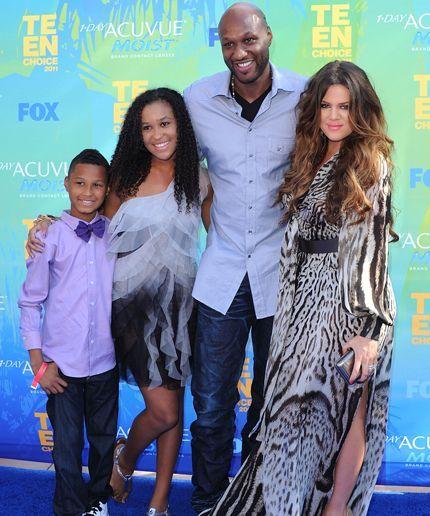 Khloe Kardashian flies Lamar Odom's children and ex-wife to his bedside