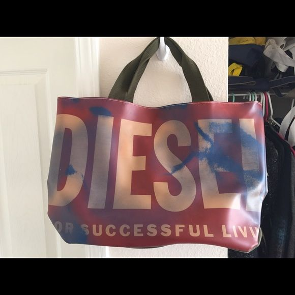 New! Diesel tote/beach bag Diesel bag, can be used as a regular tote or a beach bag. only used as a tote for ONCE! The blue marks on the bag are NOT stains or signs of wear, it came like that Diesel Bags Totes