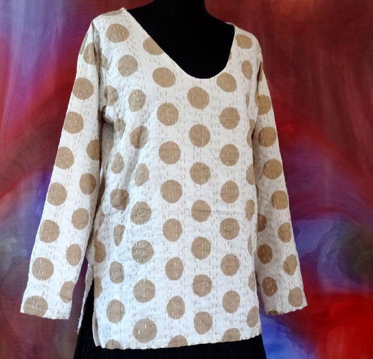 Pull tunique femme blanc à pois beiges en coton gaudri surpiqué main : Pulls, gilets par akkacreation