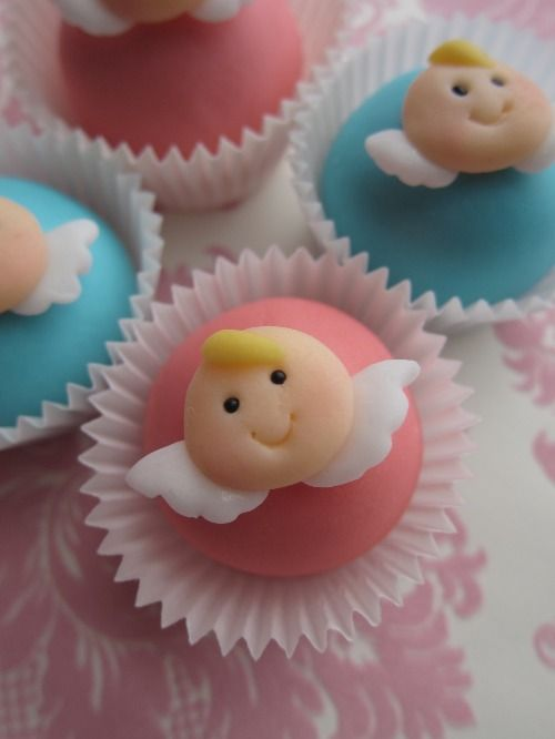 Lil' Angels - I can see these in Christmas colours ... with some shimmer ...