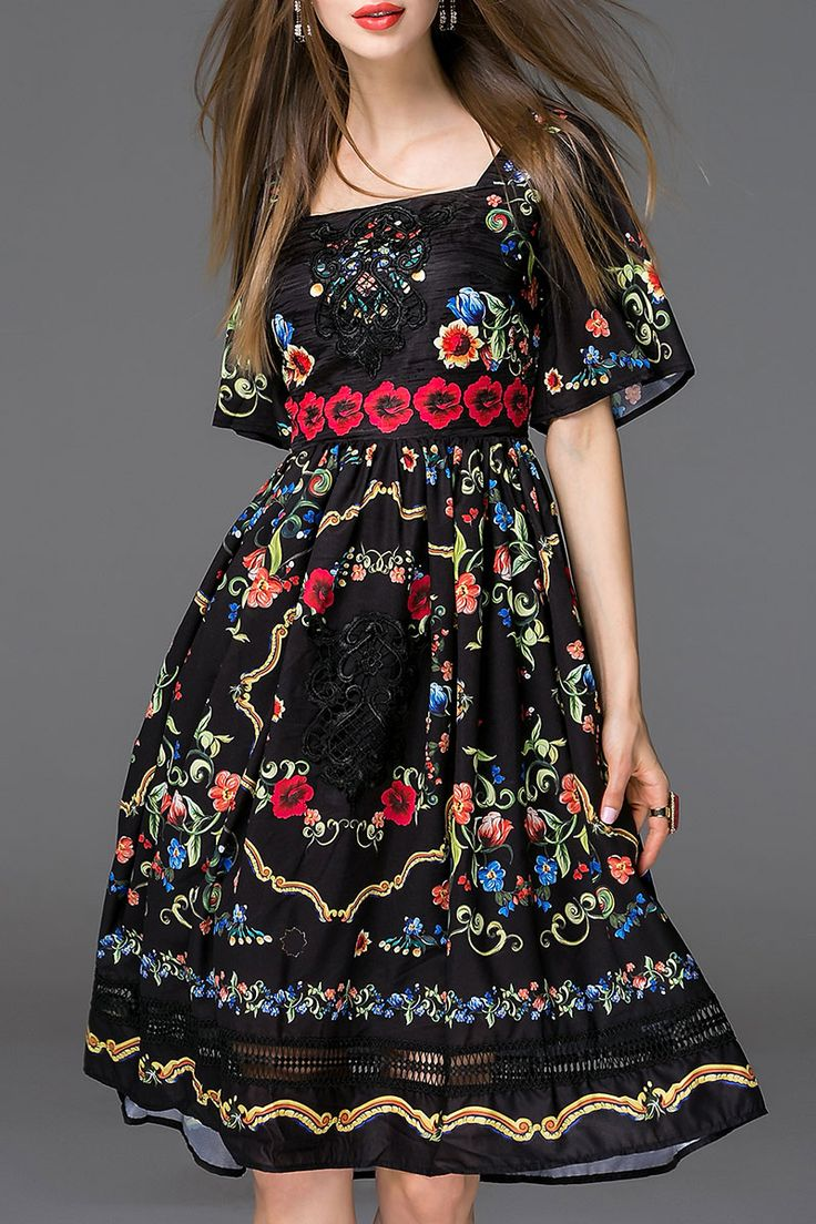 Embroidery Bell Sleeve Dress ==