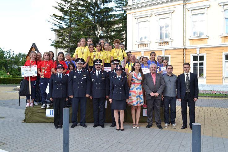 """Concursuri elevi ,,Prietenii pompierilor"""" - 2014"""