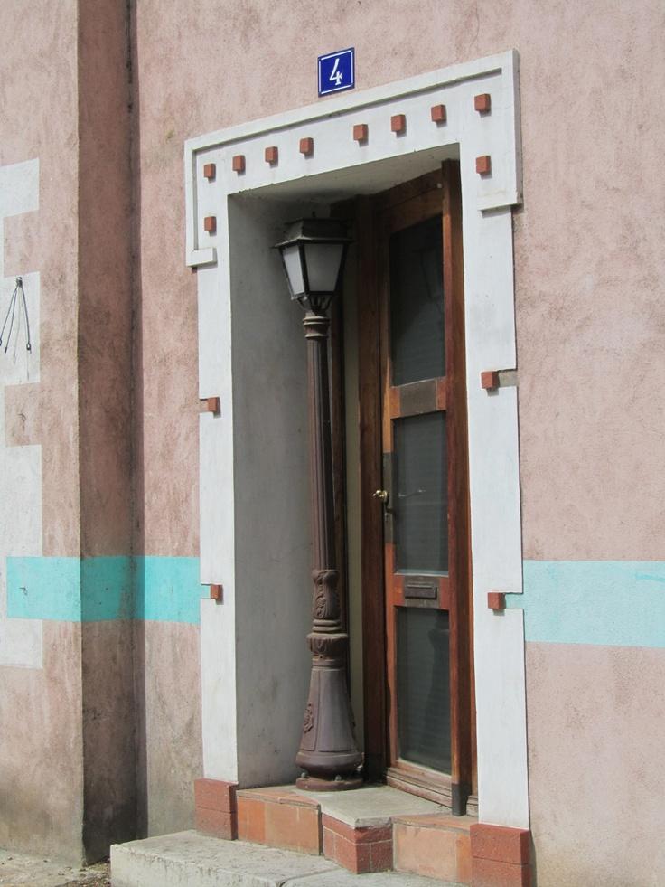 Porte insolite dans le Vieux Lyon: The Doors, Porte Insolite