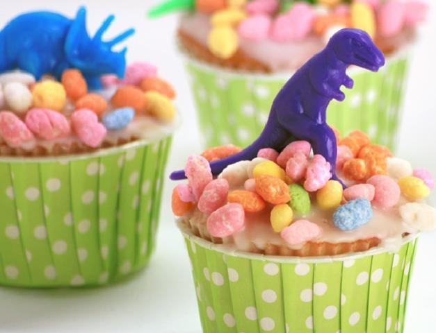 DInosaur cupcakes - easy!