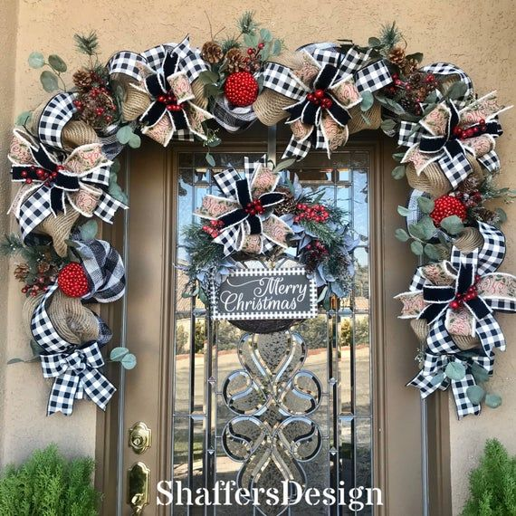 Farmhouse Christmas Door Decor Black And White Check Christmas Garland And Wreath Bu In 2020 Front Door Christmas Decorations Christmas Decorations Christmas Wreaths