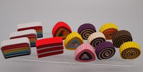 Made from Kokoru - Color Corrugated stripes. A cute slices of cakes......