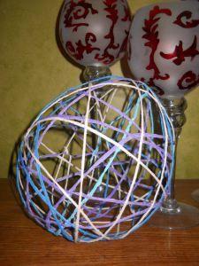 Bricolage : Colle, Ballon et laine
