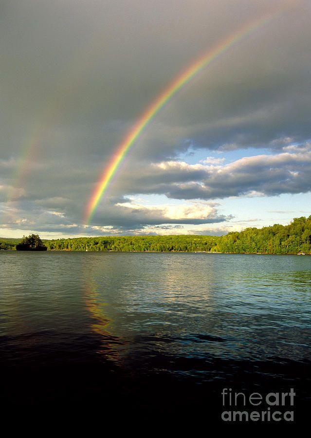 ✮ Double rainbow forming over Lake Wallenpaupack in Pennsylvania's Pocono Mountains