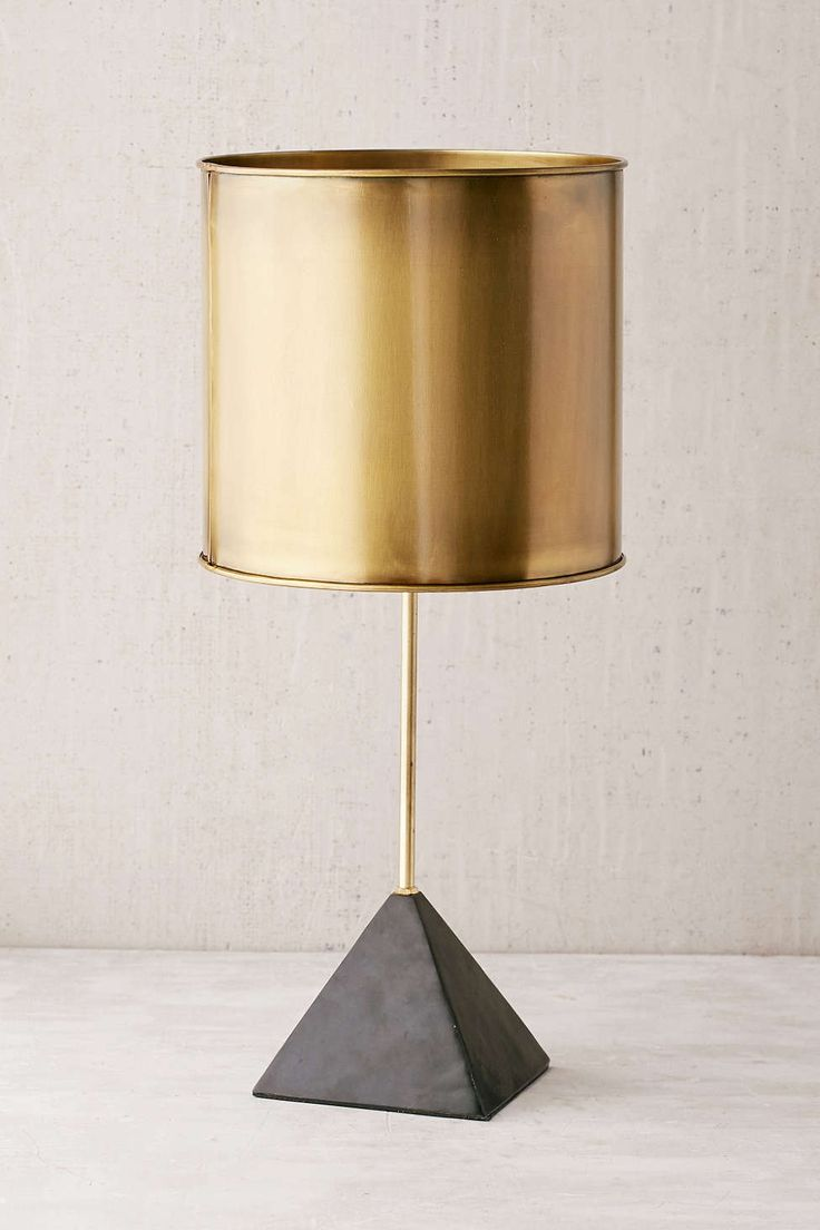 Stone Pyramid Table Lamp