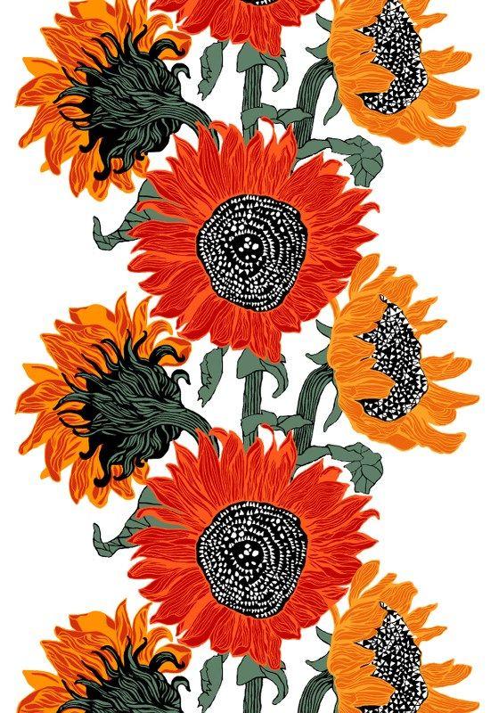 Auringonkukat, red by Riina Kuikka