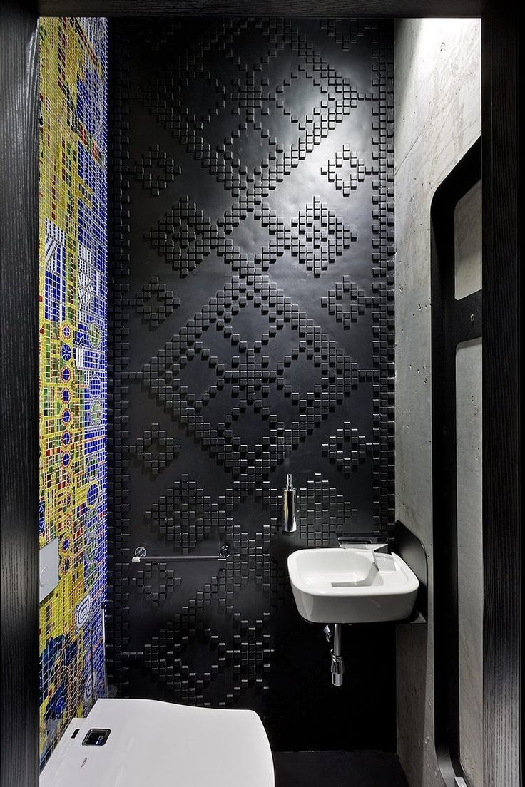 Sergey Makhno's Office textured bathroom wall... or loo if your from liverpool.