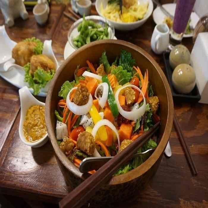 Salad tempe lezat dan sehat