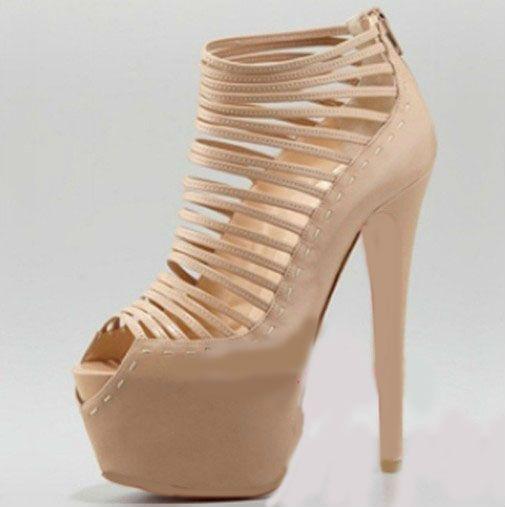 Zapatos Modernos Para Boda En Color Nude. Suele suceder que no deseas un vestido de novia totalmente blanco, puesto que al parecer se ve muy entero el color, entonces deseas agregarle un color nude o melocotón, así como tu maquillaje al natural, entonces lo que necesitas para completar tu atuendo son algunos accesorios color nude, y lo más esencial son los zapatos tacón alto que deseas adquirir, y te preguntas: Dónde puedo adquirir....  Zapatos Color Nude. Para ver el artículo completo…
