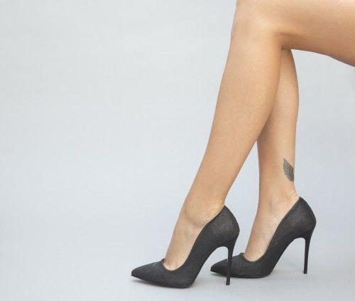 Pe Bazar-net.ro un magazin online de reduceri si oferte gasesti: Pantofi Xelo Negri un produs la reducere vandut de dEpurtat.ro la pretul de 109.0 de lei. Daca vrei sa comanzi acest produs da CLICK…