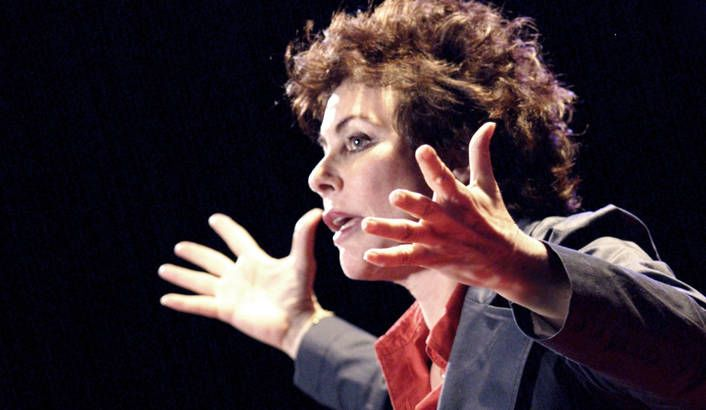 Lesley Stones reviews Ruby Wax's show in South Africa.