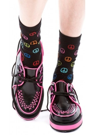 T.U.K. Smooth Heart Creepers pink and black