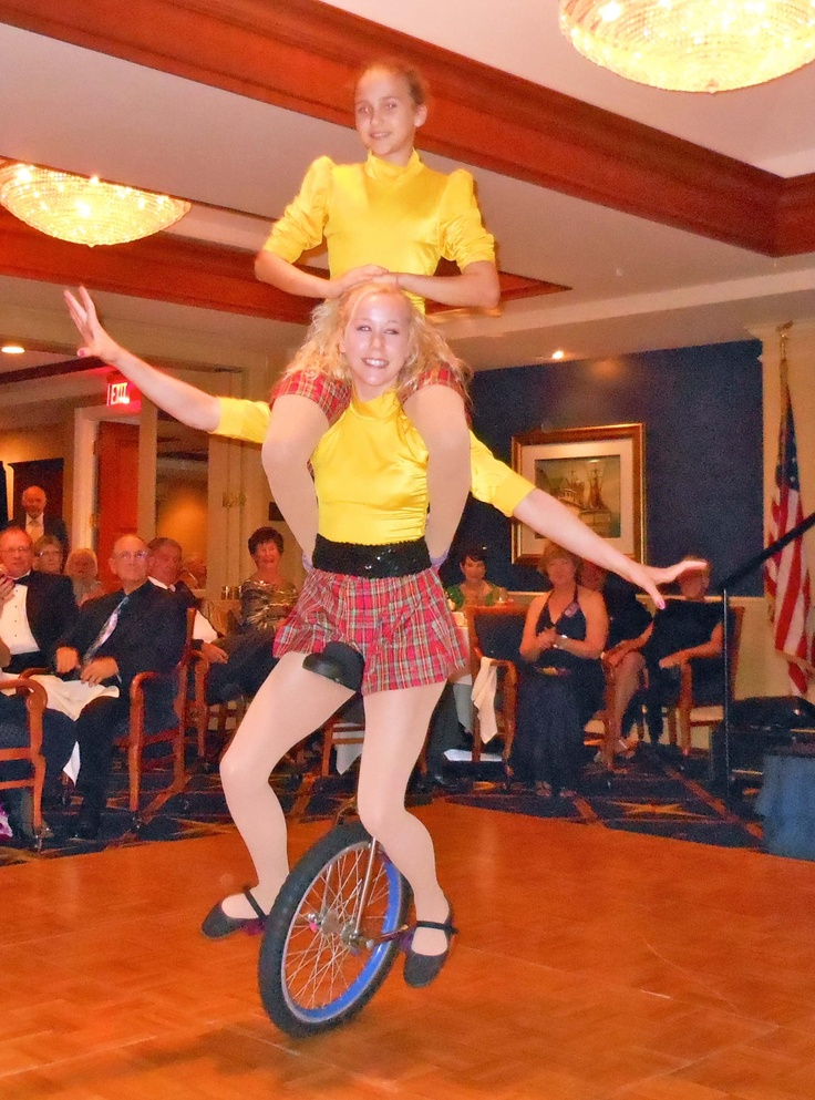 High School performers of Sarasota's Sailor Circus highlighted the Caledonia Club of West Florida Dunfermline 10th Anniversary Gala at Bird Key Yacht Club in February 2012.  The event recognized the twinning of Dunfermline and Sarasota as Sister Cities in 2002.  The Caledonian Club of West Florida has been an alliance member of Sister Cities Association of Sarasota since 2002