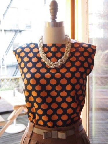 simple vintage pattern + crazy vintage print = unstoppable combination