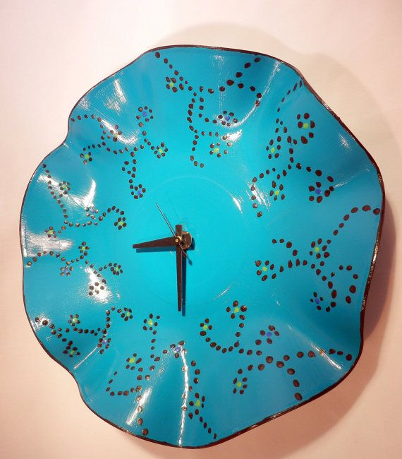 Record Clock Teal Home Decor Home Living Recycled by Shannybeebo, $42.00.........could DIY w. stephanie...not that pattern tho...could be cool....