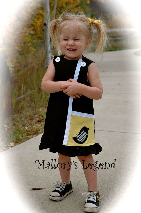 Maggie Mag Pie Dress 1960's Inspired Retro Black and Yellow Bird