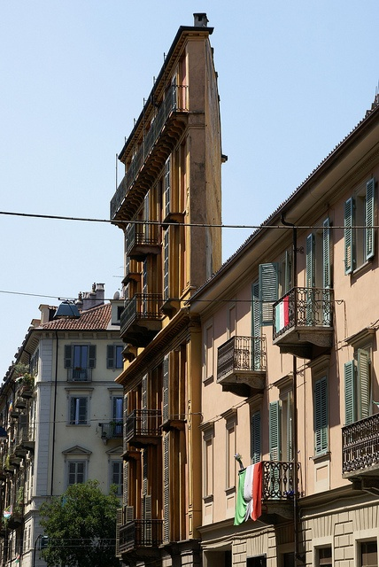 Torino, Via Giulia di Barolo / corner Corso San Maurizio, Fetta di Polenta (Casa Scaccabarozzi)
