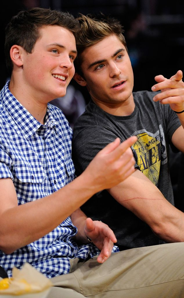 Dylan & Zac Efron from Stars' Sexy Siblings  They got game! The cool bros take in a Lakers game.