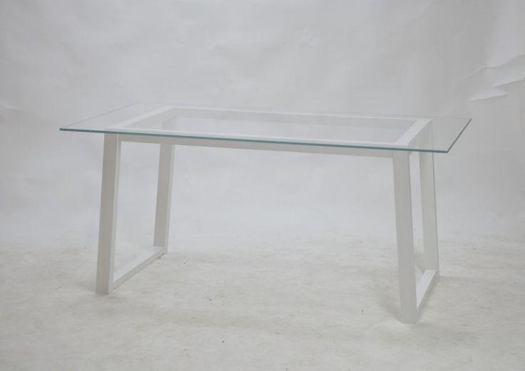 .TEBIAN  –  Glass of White