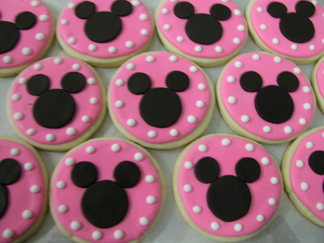 minnie mouse cookies by GRAMPASSTORE, via Flickr