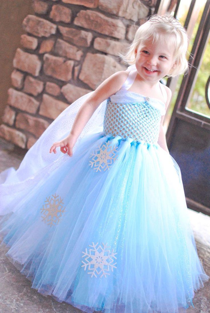 Best 25+ Frozen dress up ideas on Pinterest | Dress up aprons ...