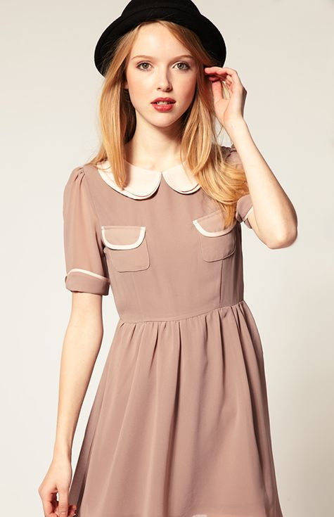 Our selection of Peter Pan collar clothing provides chic style with a touch of vintage magic! These Peter Pan collar dresses feature a variety of chic accents, including lace collars and bright bow belts.