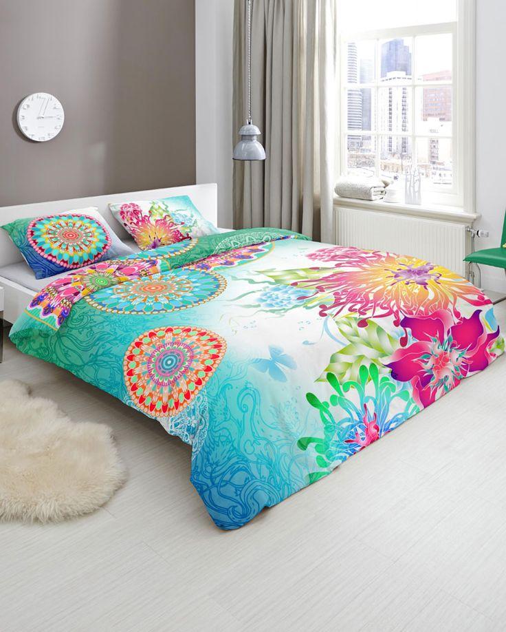 Kleurrijk HIP Dekbed Lazira, levendig, kleurrijk en stijlvol. Zo omschrijven we HIP dekbedovertrekken. Ieder overtrek heeft een uniek dessin vol aparte patronen en afbeeldingen. HIP is daarom met name geschikt voor de moderne slaapkamer. De overtrekken zijn van luxe satijn of soepel katoen. #hipdekbedovertrek #hip #mandala #rainbow #unicorn #bed #beddengoed #slaapkamer #dekbedovertrek