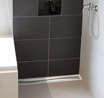 les 25 meilleures id es concernant caniveau douche. Black Bedroom Furniture Sets. Home Design Ideas