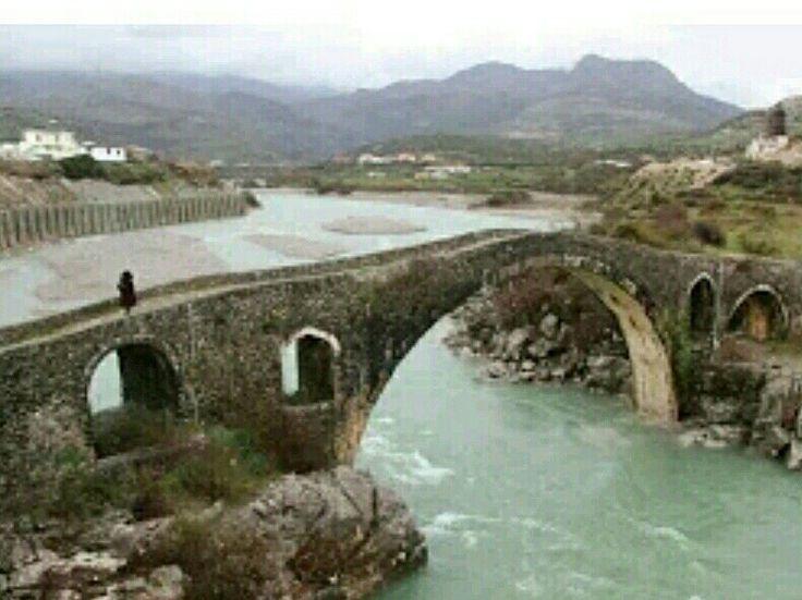 Bridge-Mes bridge-Constructive: Kara Mahmud Bushati Pasha-Built year: 1770s-Shakodra-Albania-İşkodra-Arnavutluk