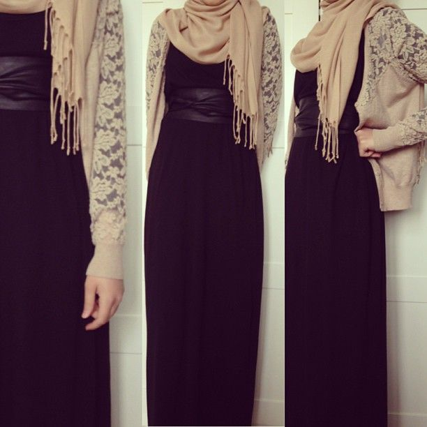Pretty lace cardigan and black maxi combi- effortlessly chic!