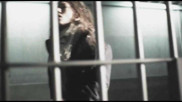Laura Pausini - Un fatto ovvio (+playlist) Regia: Gaetano Morbioli Casa di produzione: Run Multimedia