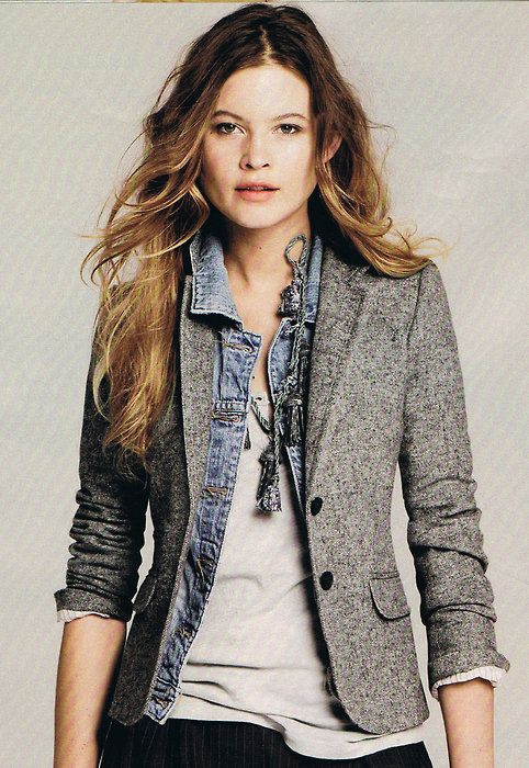 Cute blazer..would love a blazer that not constricting  that can be paired with a lot of different pieces
